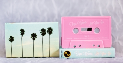 Tape Waves cassette pink